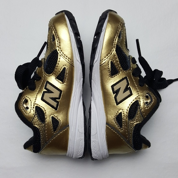 buy popular 39d03 58afb New Balance 990 Toddler's Black & Gold Sneakers